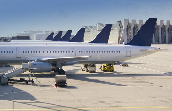 Concentrate on Analyst's Ratings: Delta Air Lines, Inc.'s (DAL)