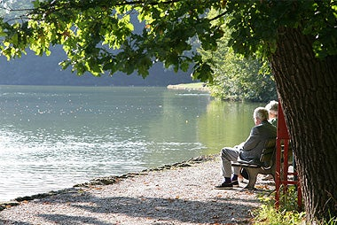 Reasons To Stay Put During Retirement