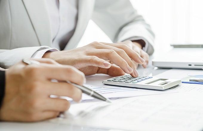 Certified Financial Planner (CFP) salary | Investopedia