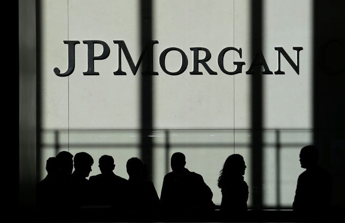 Jamie Dimon Steers JPMorgan Through Rough Waters