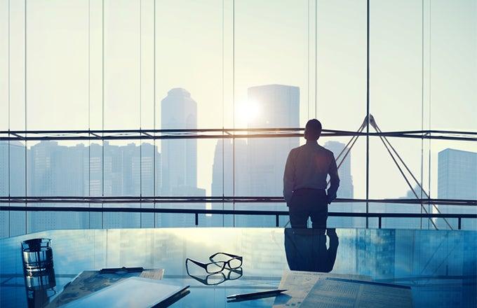 Investment broker vs investment banker