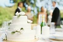 5 Tips To Cut Wedding Costs