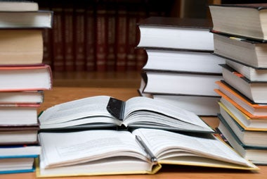 Print Textbooks Vs. E-Textbooks