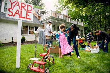 How To Increase Yard Sale Profits