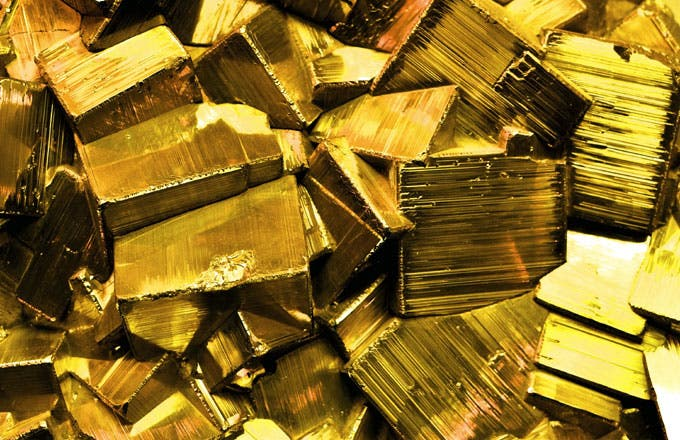 Why Gold Attracts Conspiracy Theorists
