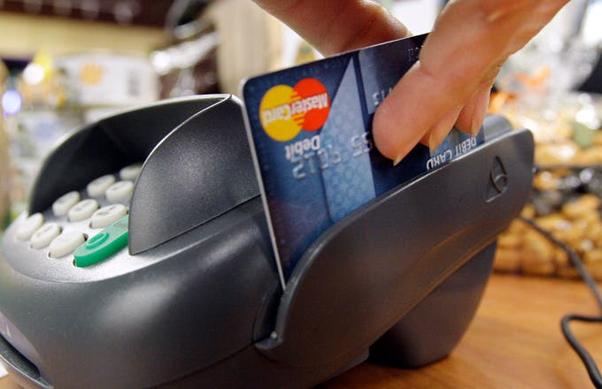 Signs You Need To Look For A Better Credit Card