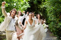 How To Plan An Affordable Summer Wedding
