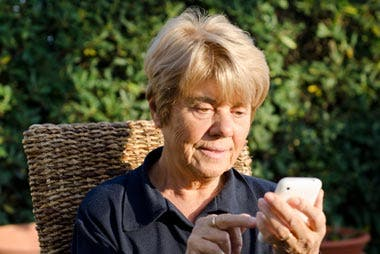10 Best Smartphone Apps For Seniors