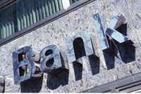 Core Growth At Wells Fargo Is Weak, But The Multiple Doesn't ...