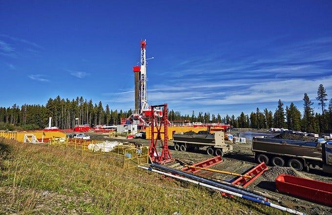 Baker Hughes and Goldman to Start Fracking (BHI)