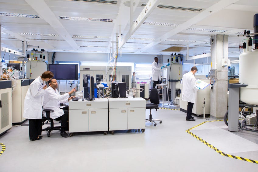 Gilead Sciences Lab Gilead Fails to Beat I...