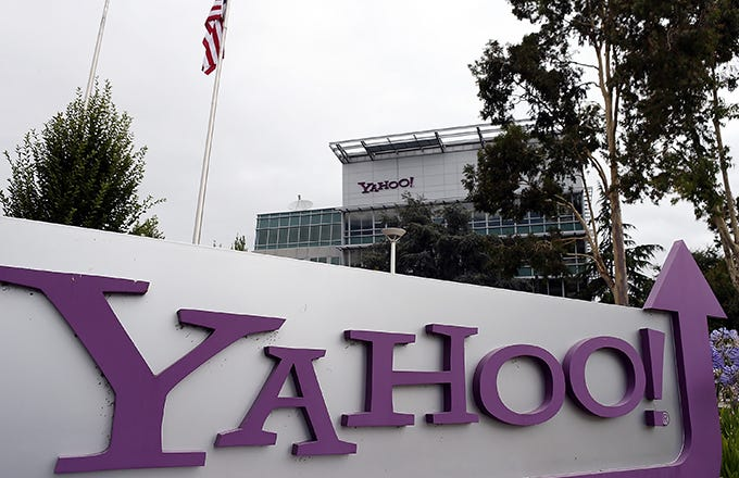 Yahoo CEO Mayer Will Get $23 Million Golden Parachute (YHOO, VZ)