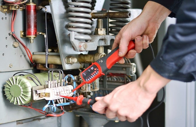 Six Top Tips for Getting the Right Electrical Contractor in Weston