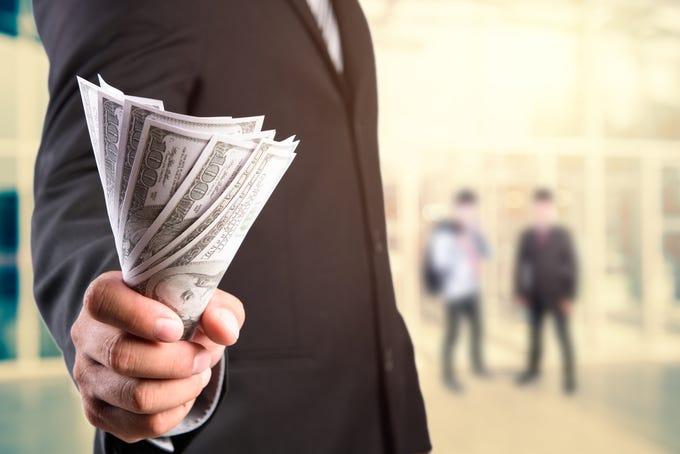 Payday loans basic bank accounts image 3