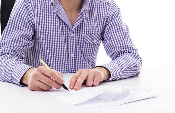 Resume Tips To Land That Hedge Fund Internship