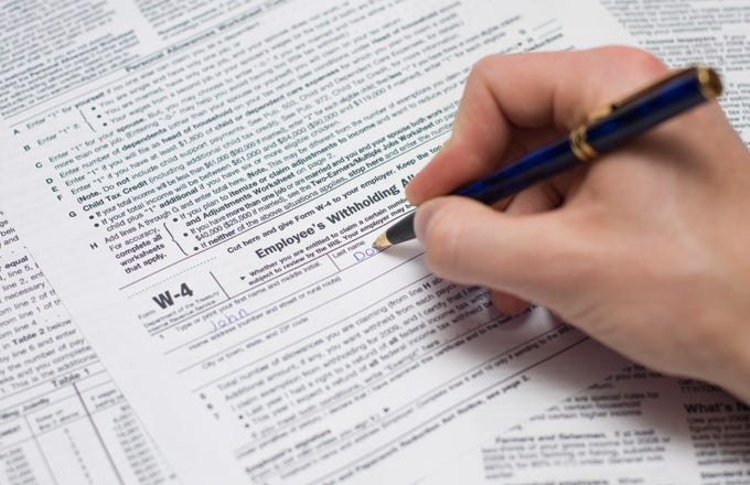 i 4 form The Purpose Of The IRS W-4 Form | Investopedia