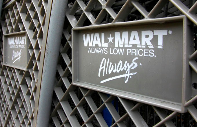 how walmart model wins with everyday low prices investopedia
