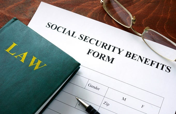 Can A Divorced Woman Collect Social Security From Her Ex