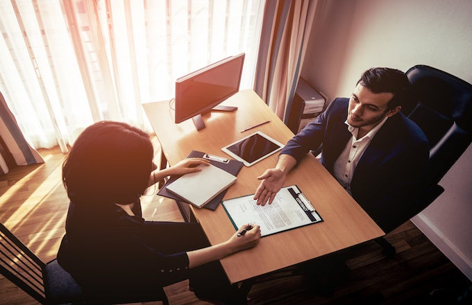 5 Essential Tips to Negotiate a Job Offer 2  5 Essential Tips to Negotiate a Job Offer